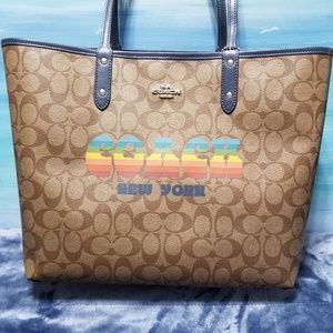 Coach Reversible City Tote With Rainbow COACH NWT
